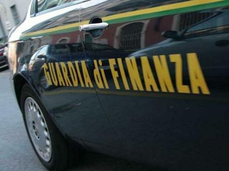 guardia di finanza pusher denunciati battipaglia scommesse