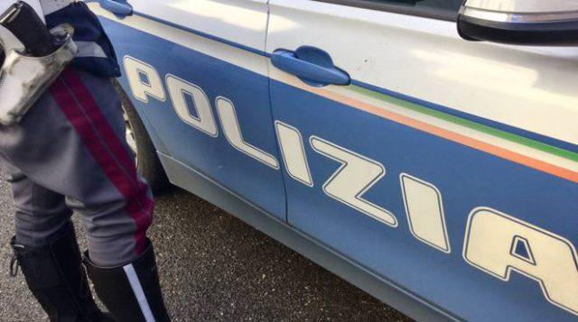 polizia eroina incidente travolto arrestati