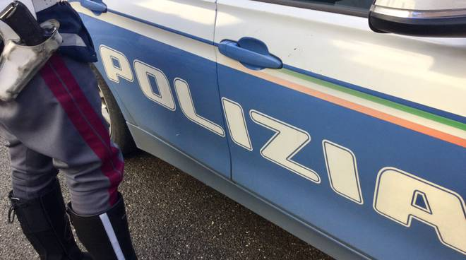 polizia eroina incidente travolto