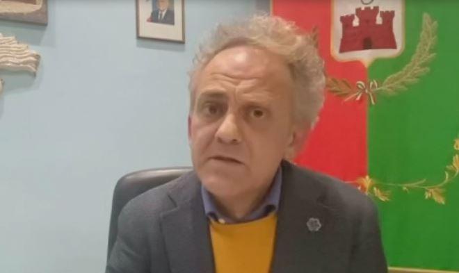 IL SINDACO DI ROCCADASPIDE, GABRIELE IULIANO