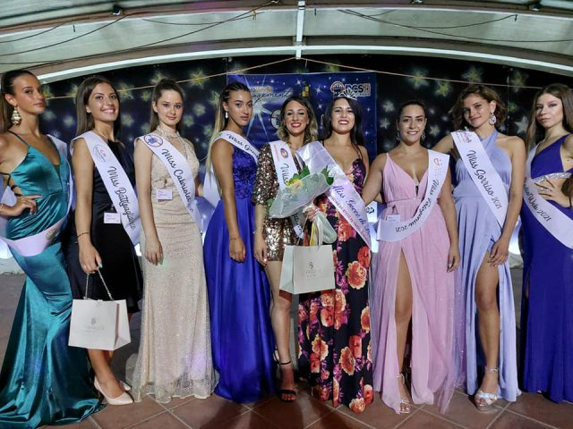 MISS CABRIOLET SOTTO LE STELLE