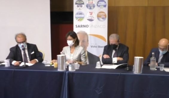 MARA CARFAGNA IN CONFERENZA STAMPA A SALERNO